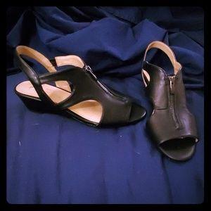 Black sandals size 9.5